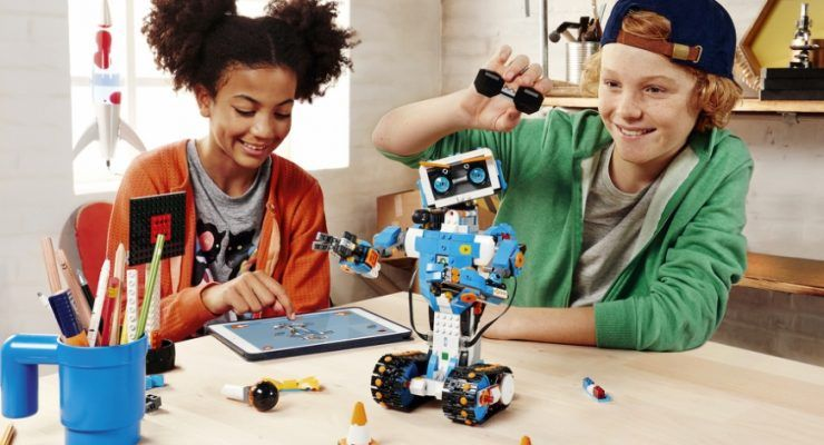 Lego Boost – learn programming, have fun and create