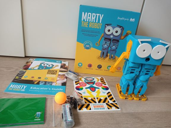 Marty the robot - Robot kits for kids for school or homeschooling